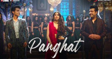 Panghat Lyrics Roohi | Asees Kaur